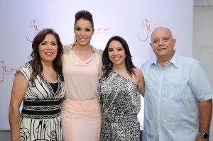 A. Principal. Nancy Gonzales, Jessica Pereira, Jacqueline Pereira y Jose Pereira