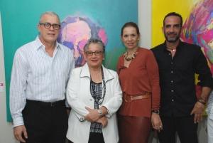 Foto Principal      Angel Ricardo Rivera, Delia Blanco, María del Carmen Ossaye y José Pelletier.